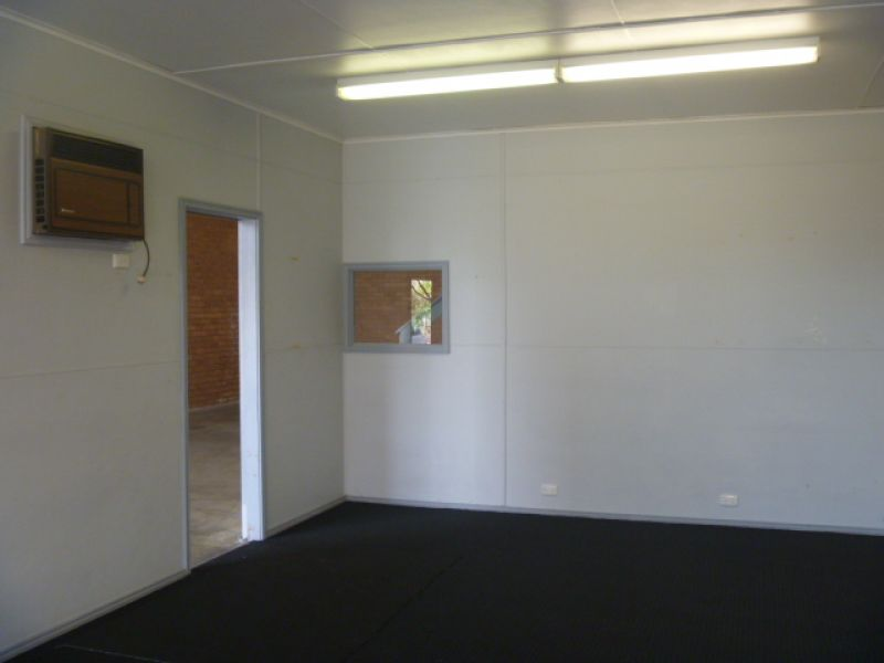 &LEASED by Brad Rogers 0459 921 122
