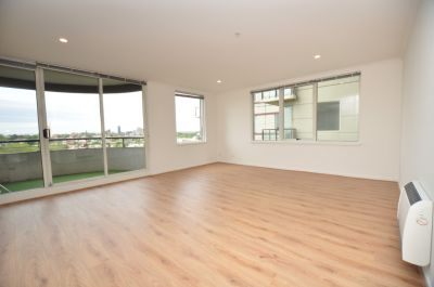 Beautifully Spacious 2 Bedroom Apartment - Complete with Floorboards!