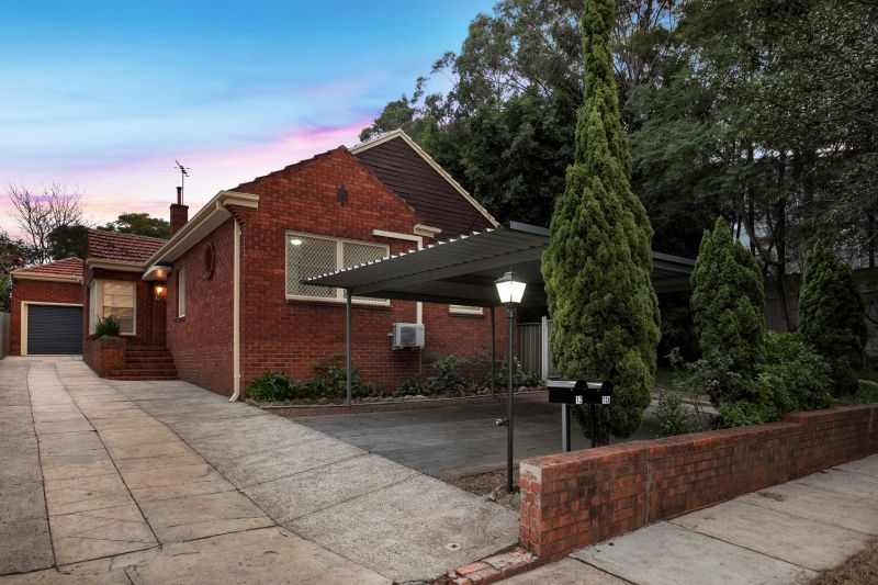 COMFORTABLE FAMILY HOME WITH SELF CONTAINED GRANNY FLAT