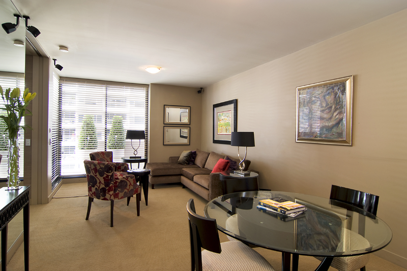 """EXECUTIVE, FULLY FURNISHED """"ROCKWALL GARDENS"""" APARTMENT"""
