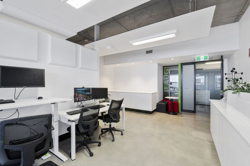 OFFICE READY TO MOVE IN! - FULLY FITTED & FURNISHED WITH 8 WORKSTATIONS