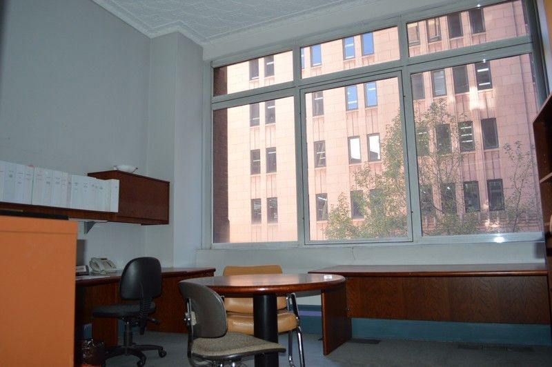 Office Space w/ Strong Incentives
