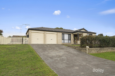 2 The Grove, Singleton