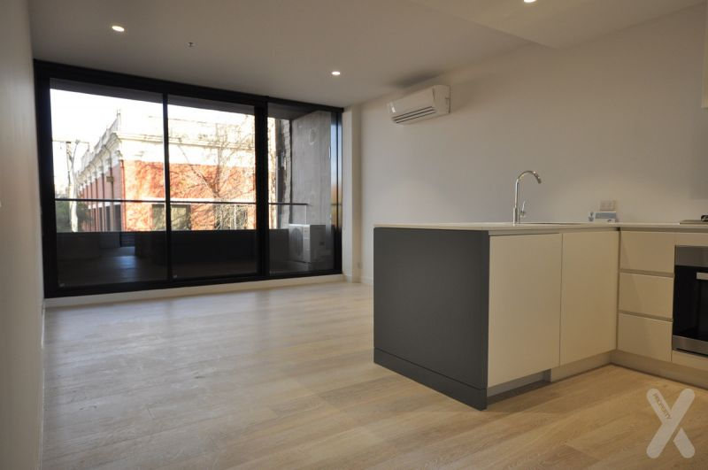 PRIVATE INSPECTION AVAILABLE - Spacious 2 Bedroom, 2 Bathroom Apartment in the famous OXLEY Complex
