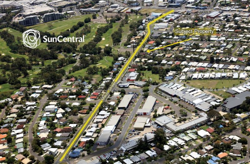 Huge Exposure & Signage Opportunities To Busy Maud Street