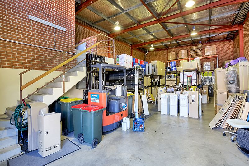 Freestanding Warehouse Opportunity