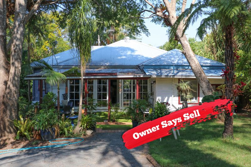 OWNER'S MOVING ON - SO TAKE ADVANTAGE OF MASSIVE PRICE DROP