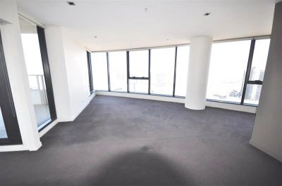 Sensational Docklands Location With Stunning 33rd Floor Views!