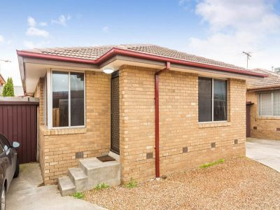 Immaculate Single Storey Villa, ideal for the Owner Occupier/Investor.