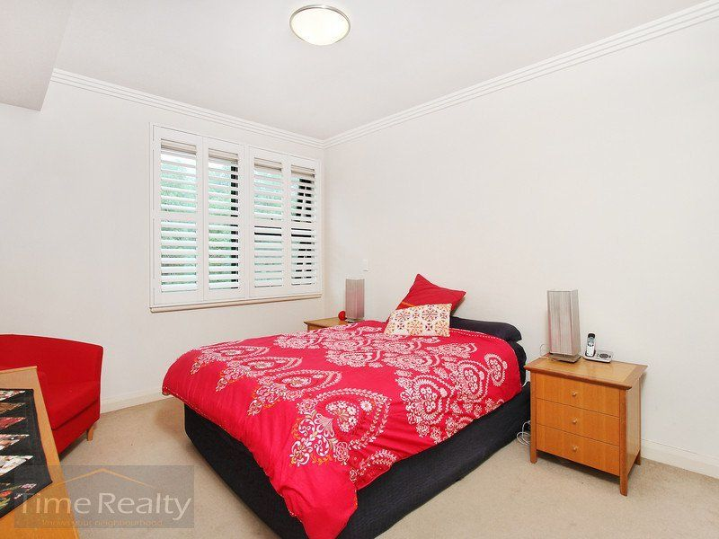 9/9 Bay Drv, Meadowbank NSW