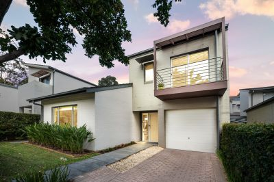 Tightly held freestanding home in family-friendly locale