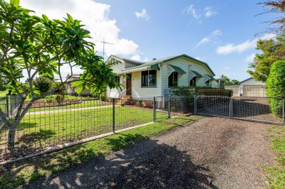 IDEALLY LOCATED IN QUIET STREET & PRICED TO GO!