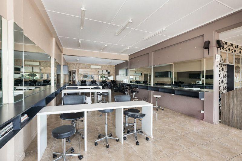 Refurbished Office & Retail tenancies