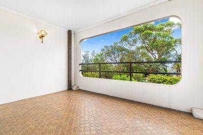 Spacious Two Bedroom Apartment with Large Balcony & Parking