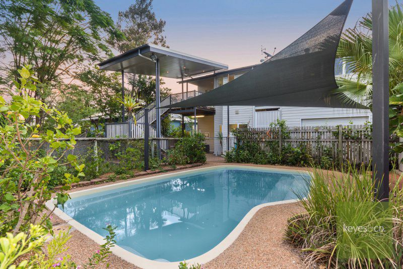 5 Townsville Street, West End