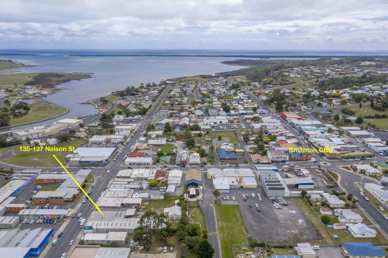 LARGE COMMERCIAL PREMISES IN SMITHTON CBD WITH ENDLESS OPPORTUNITIES