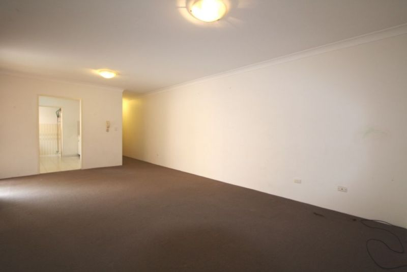 Oversized Three Bedroom Apartment in A Prime Location