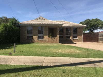 Three Bedroom Home Perfect Location