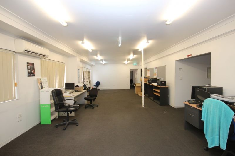 Ingham Road Industrial warehouse with drive through access & yard