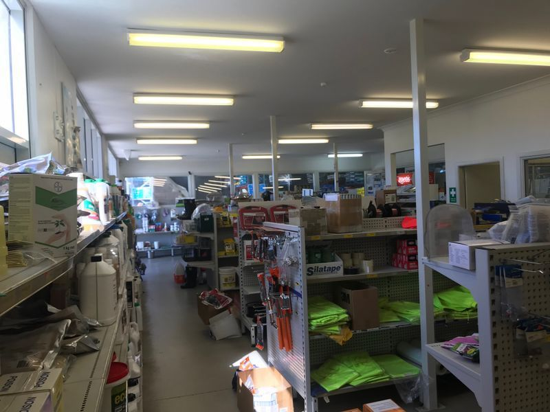 PRIME ISLES DRIVE INDUSTRIAL SHOWROOM - 1007m2