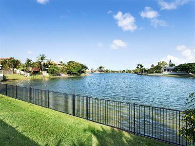 Yes!! You Can Swim In Lake Hugh Muntz!!