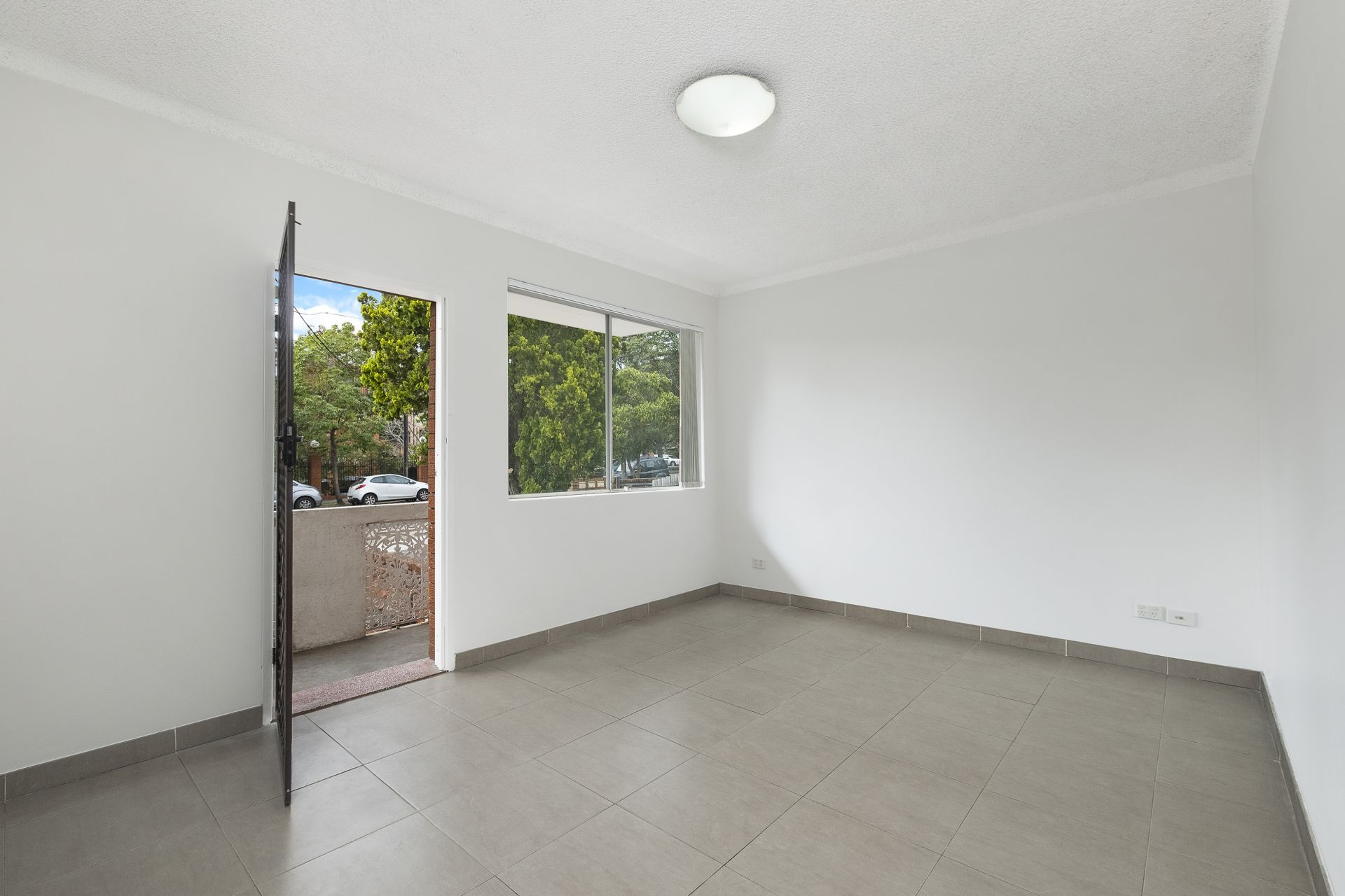 4/7 Hornsey Road, Homebush West