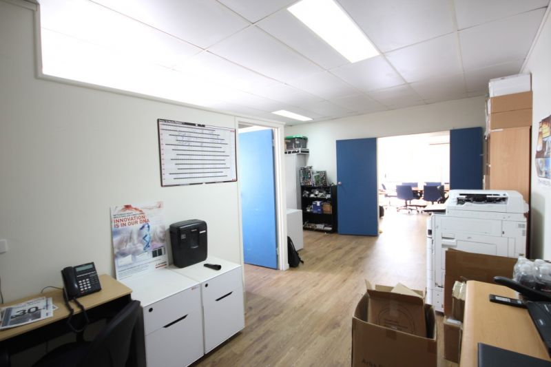 Tidy Office Space - Competitively Priced