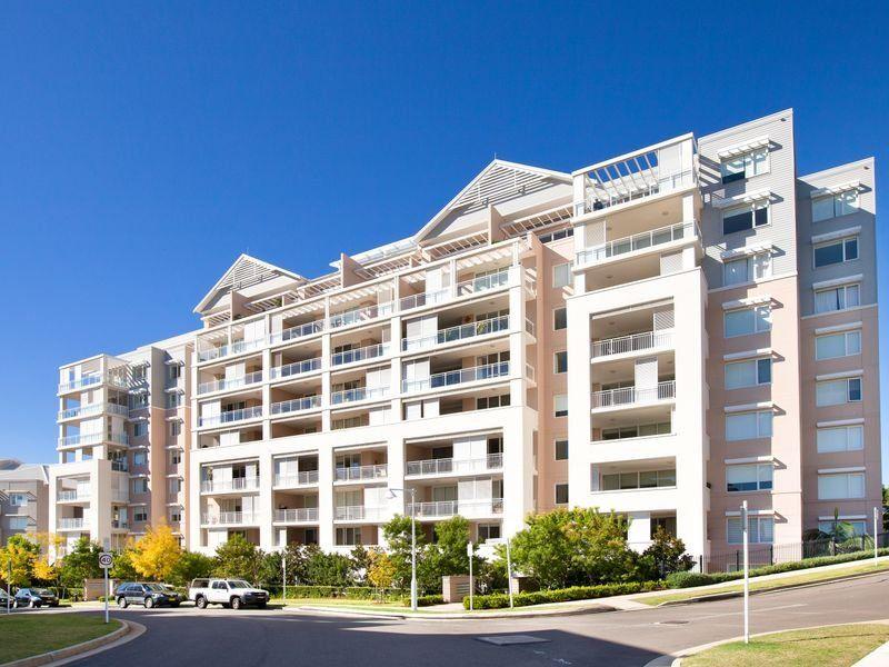 Apartment/15-17 Peninsular Drive Breakfast Point 2137