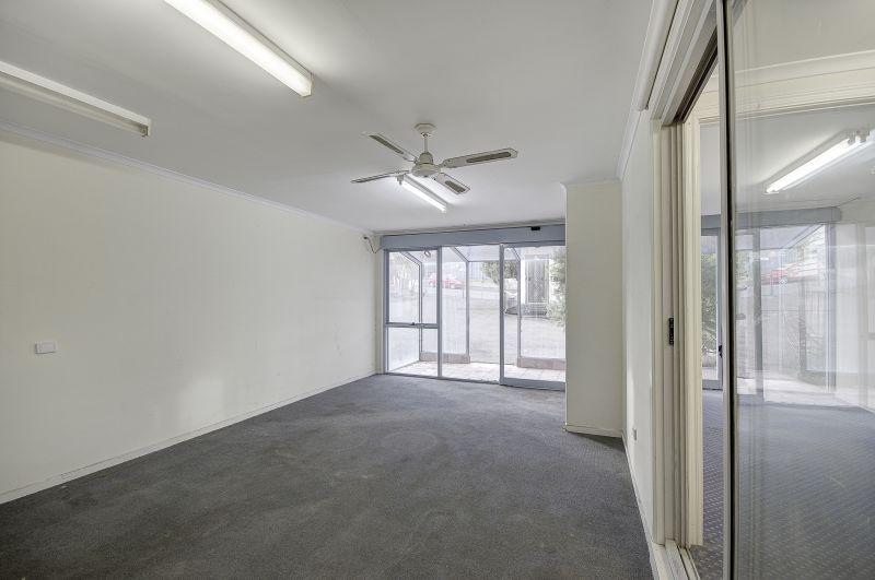 6 Maxwell Avenue, Belmont Geelong