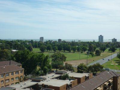 Boulevarde 610: 8th Floor - Superb Location!
