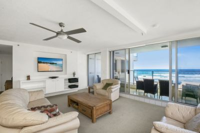 Furnished beachfront apartment in
