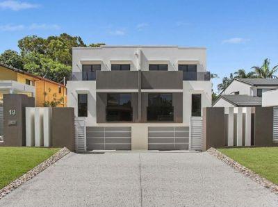 Modern Duplex in Prime Location