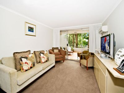 Parkside spacious apartment offers an enviable lifestyle of quiet convenience