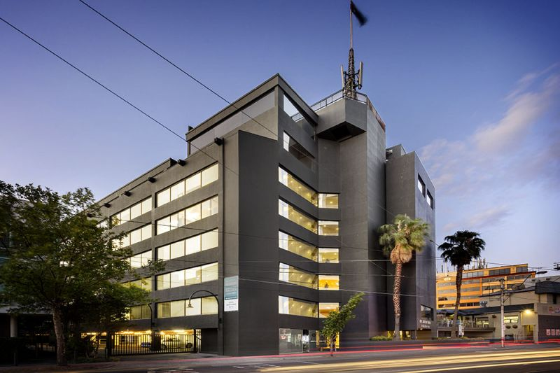 Unable to work from home? Maintain your business at the prestigious Kew Junction Tower