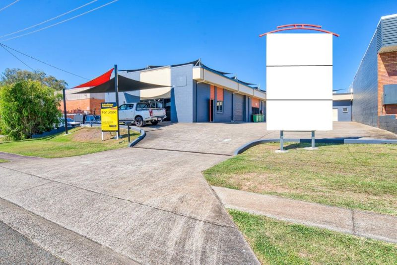 117sqm Industrial Unit with Direct Access