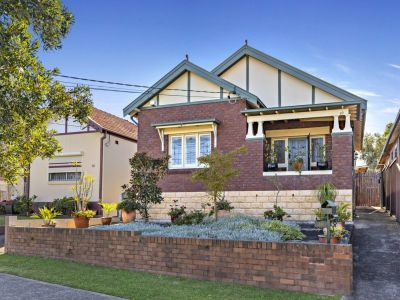Classic character in a traditional freestanding bungalow