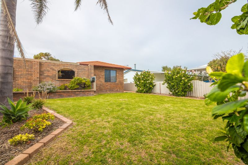 For Sale By Owner: 14 Malaga Court, Cervantes, WA 6511
