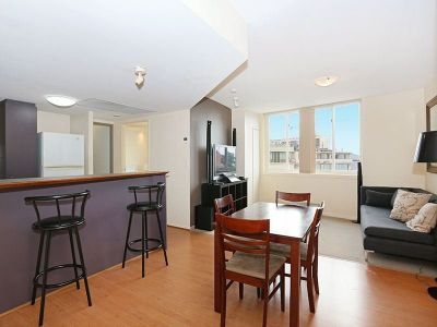 Inner City One Bedroom Unit - Furnished or unfurnished option available