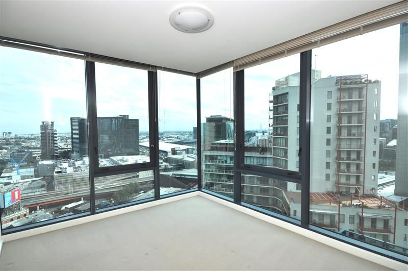 Southbank One: 23rd Floor - Modern Unfurnished Two Bedroom Apartment!