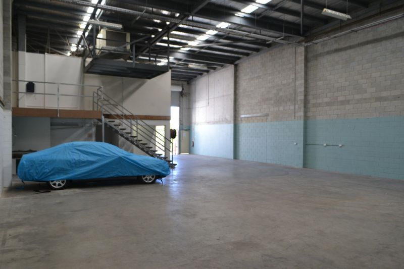 501m²* Warehouse For Lease In Prime Location!