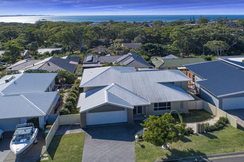 Family Home in Prestige Bonny Hills Estate