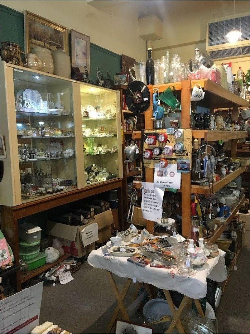Antique / Vintage / Giftware business for sale.  Established on-line presence.