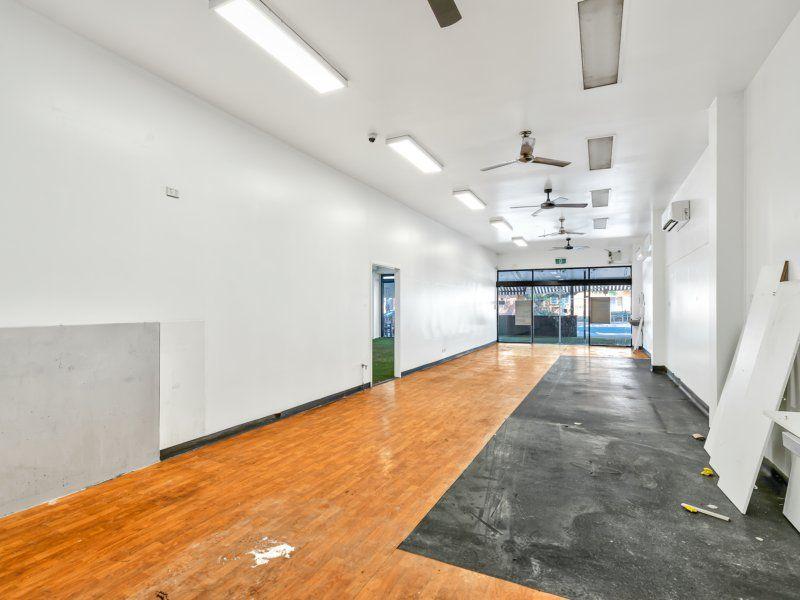 100-240sqm Retail Or 3 Office Suites. Prime Location Abundance Of Car Parking