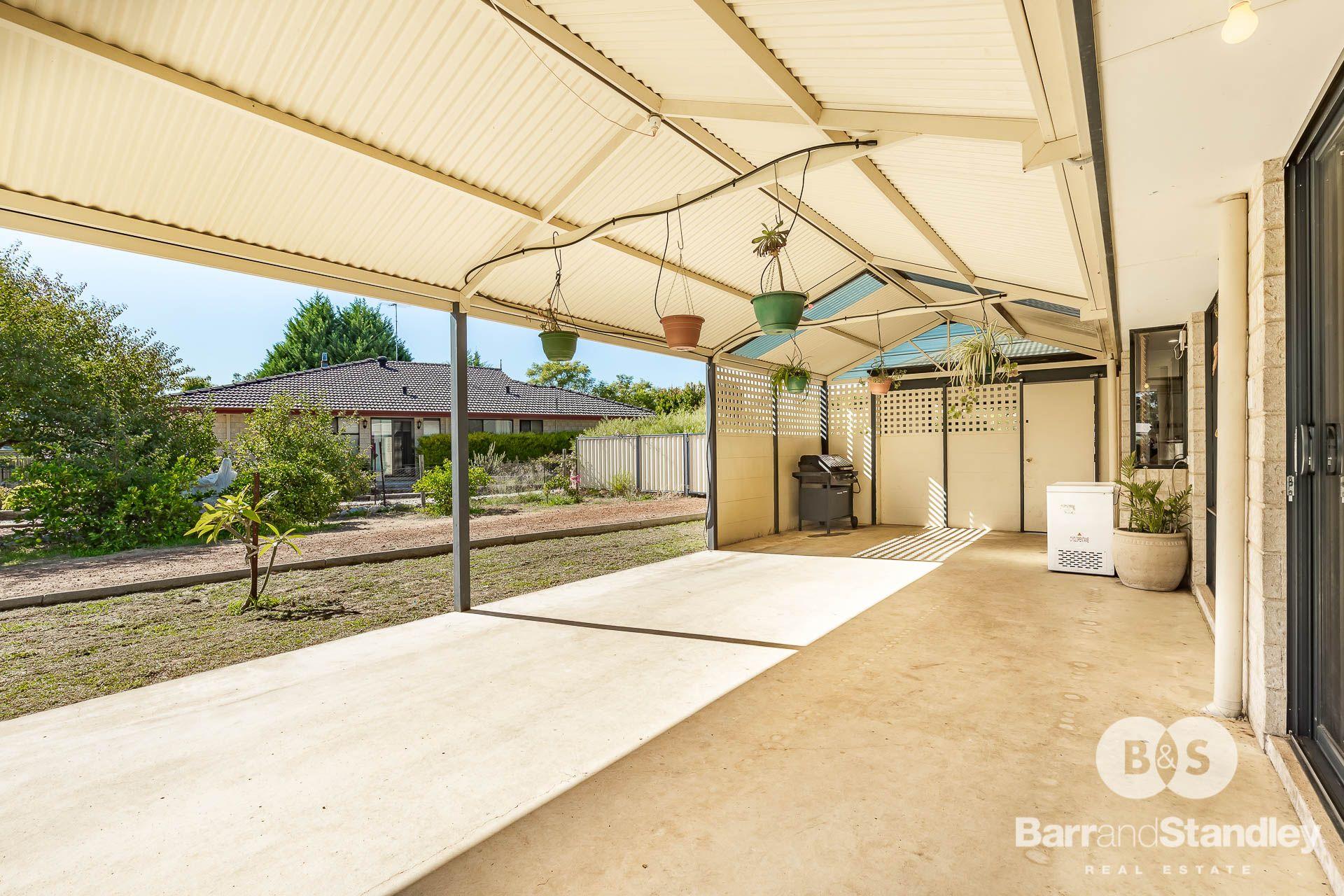 19 Wattle Court, Donnybrook