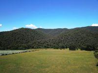 Peaceful 'Wandi' Valley