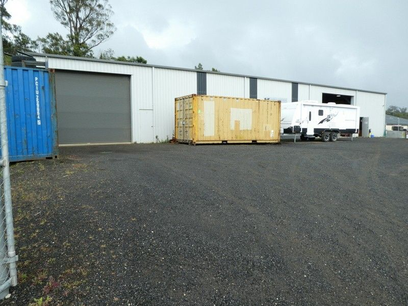 Quality Warehouse, Hardstand Yard - Security Fenced