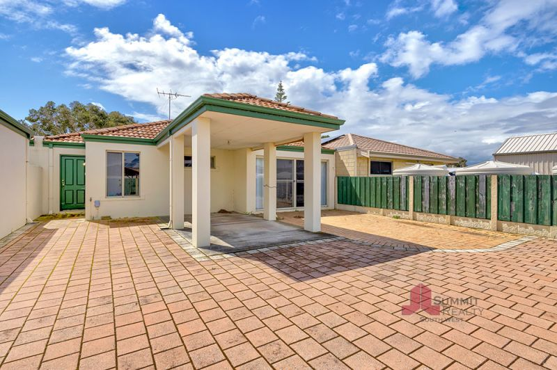 CONVENIENTLY LOCATED CLOSE TO THE CBD & INLET!