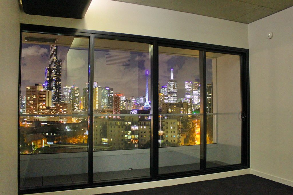 Spectacular Northern Views - High Up On Level 10!