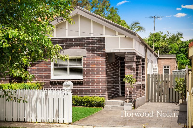 43 Arthur Street Rodd Point 2046