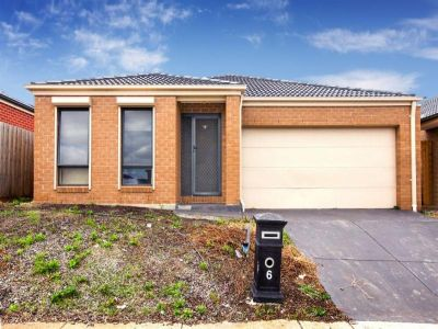Affordably priced, an Ideal opportunity for the astute investor or first home buyer is on offer